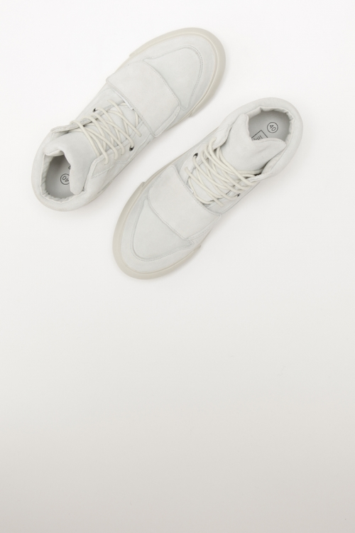 HIGH-TECH / Suede / White