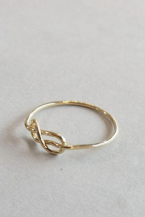 KNOT RING / GOLD