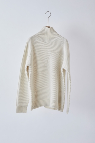 High-necked Knit / OFFWHITE