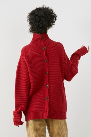 High-necked Knit / RED