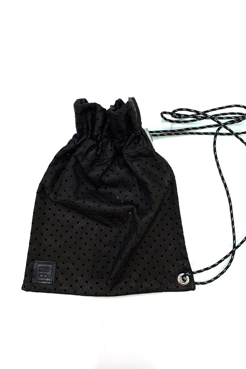 SHOULDER BAG / BLACK P